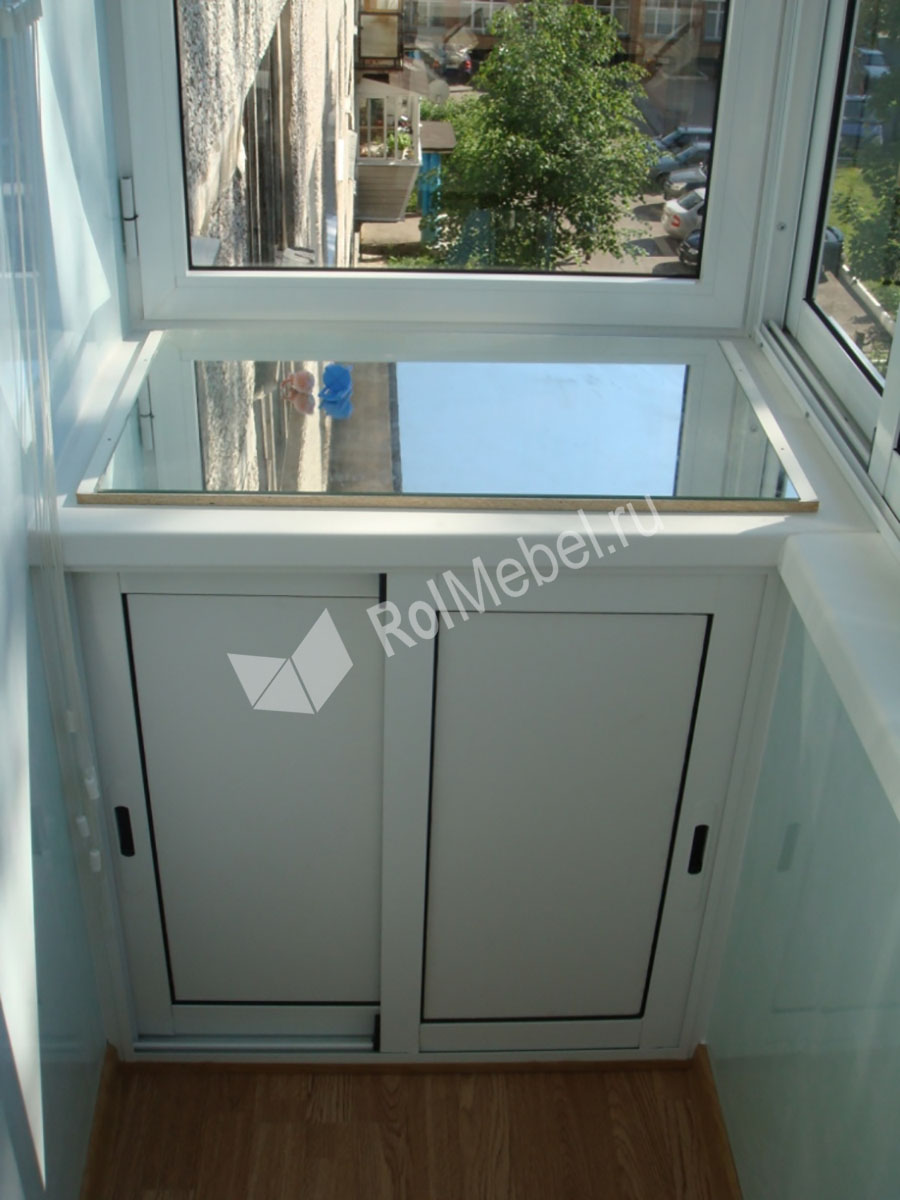 Шкафы на балкон окна.